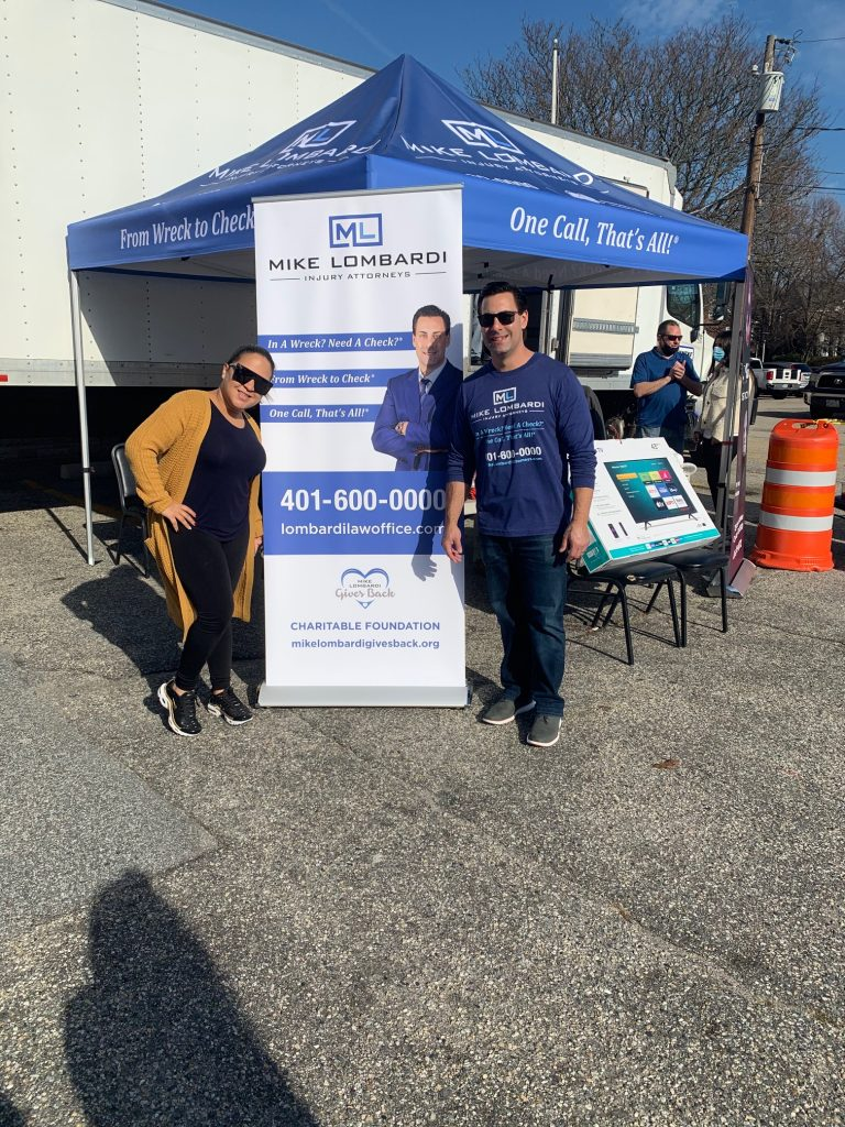 Mike Lobardi Gives Back's Thanksgiving 2020 Turkey Giveaway